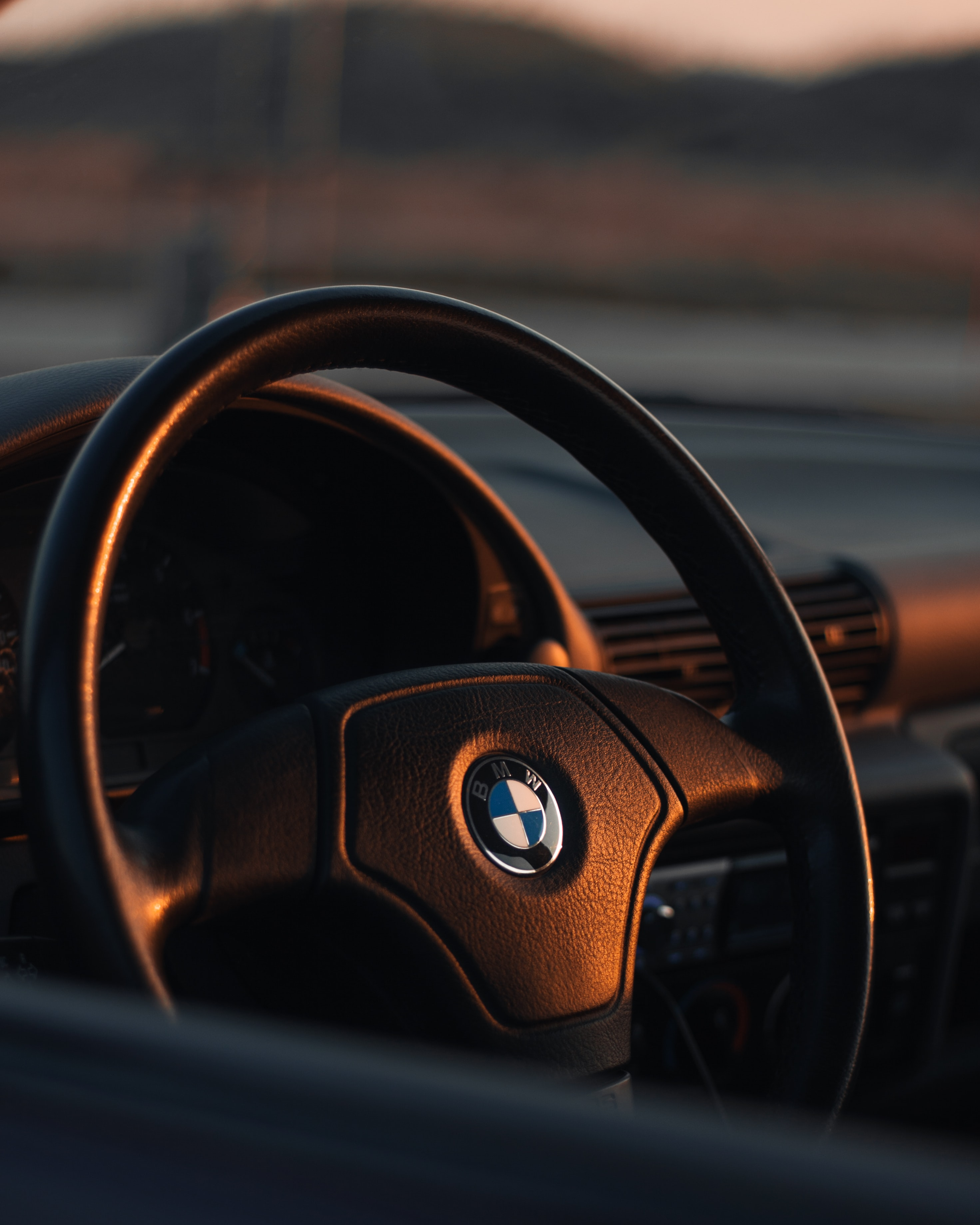 Bmw Steering Wheel Pictures Download Free Images On Unsplash