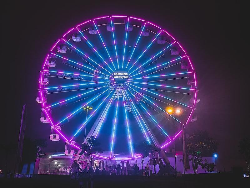 A neon ferris wheel