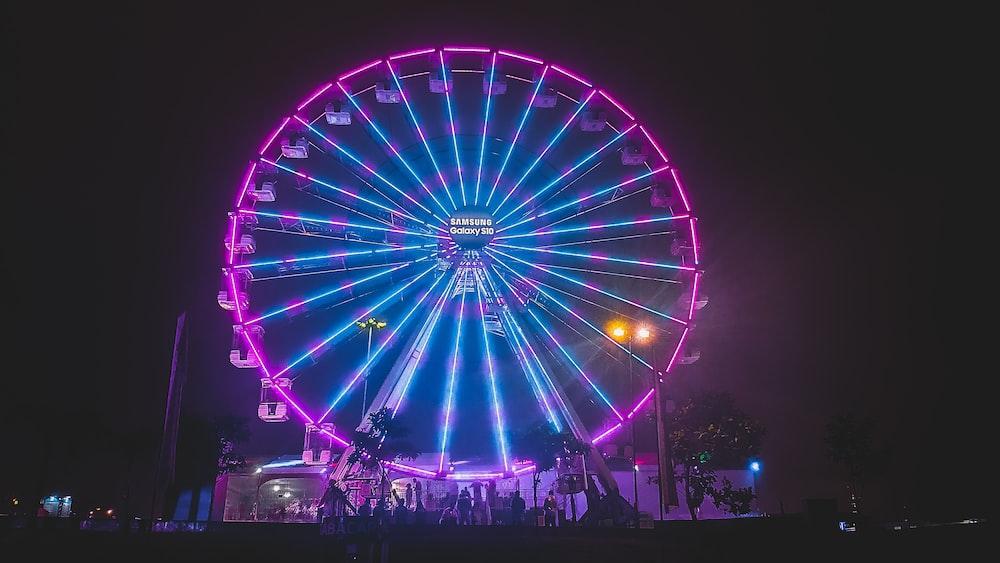 blue and purple lighted ferris wheel