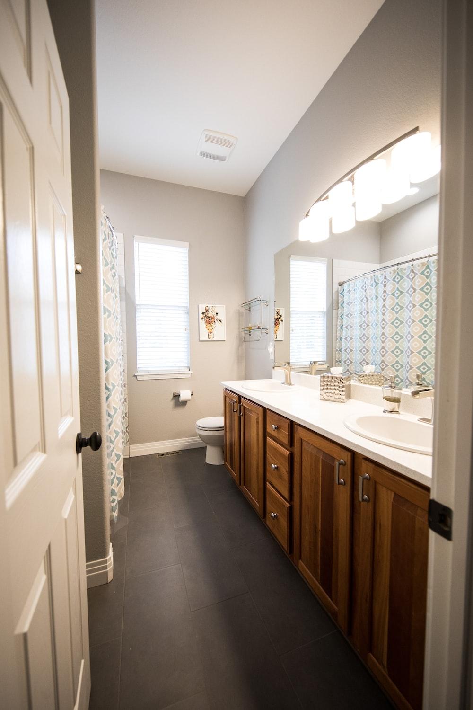 brown bathroom