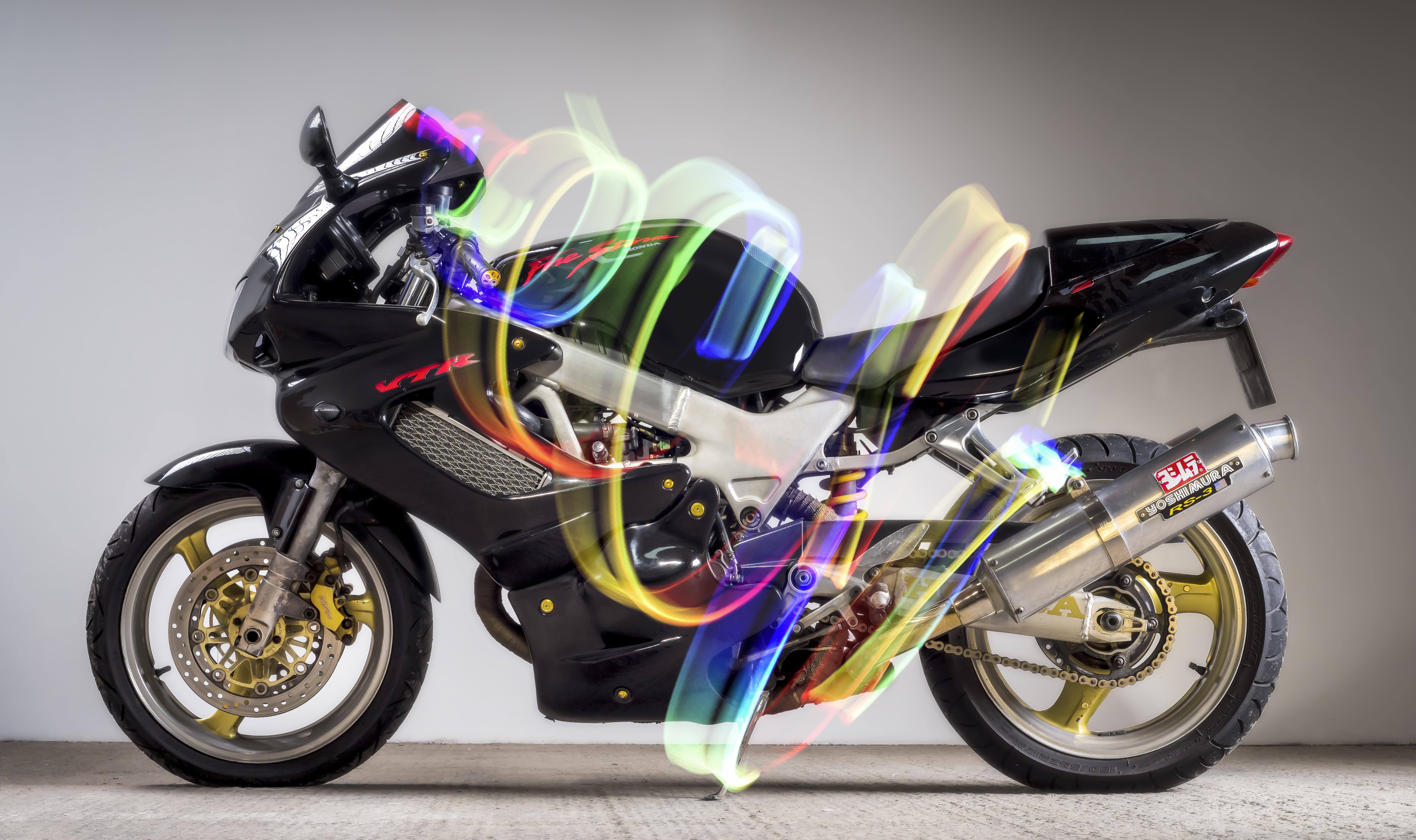 black street motorcycle