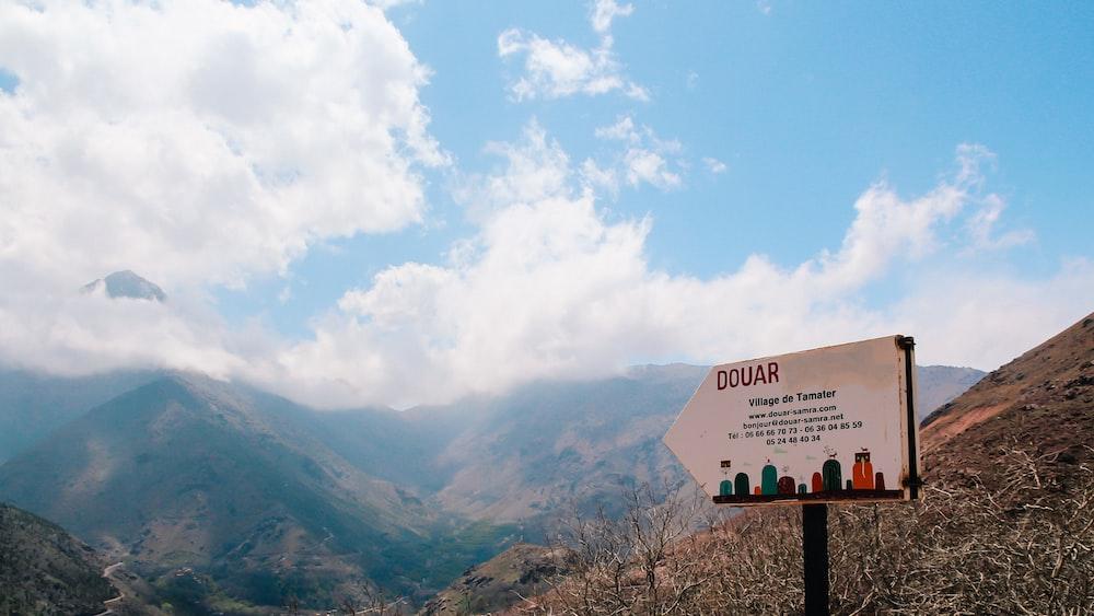 Douar signage