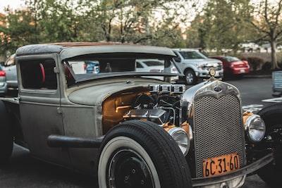 gray car on road