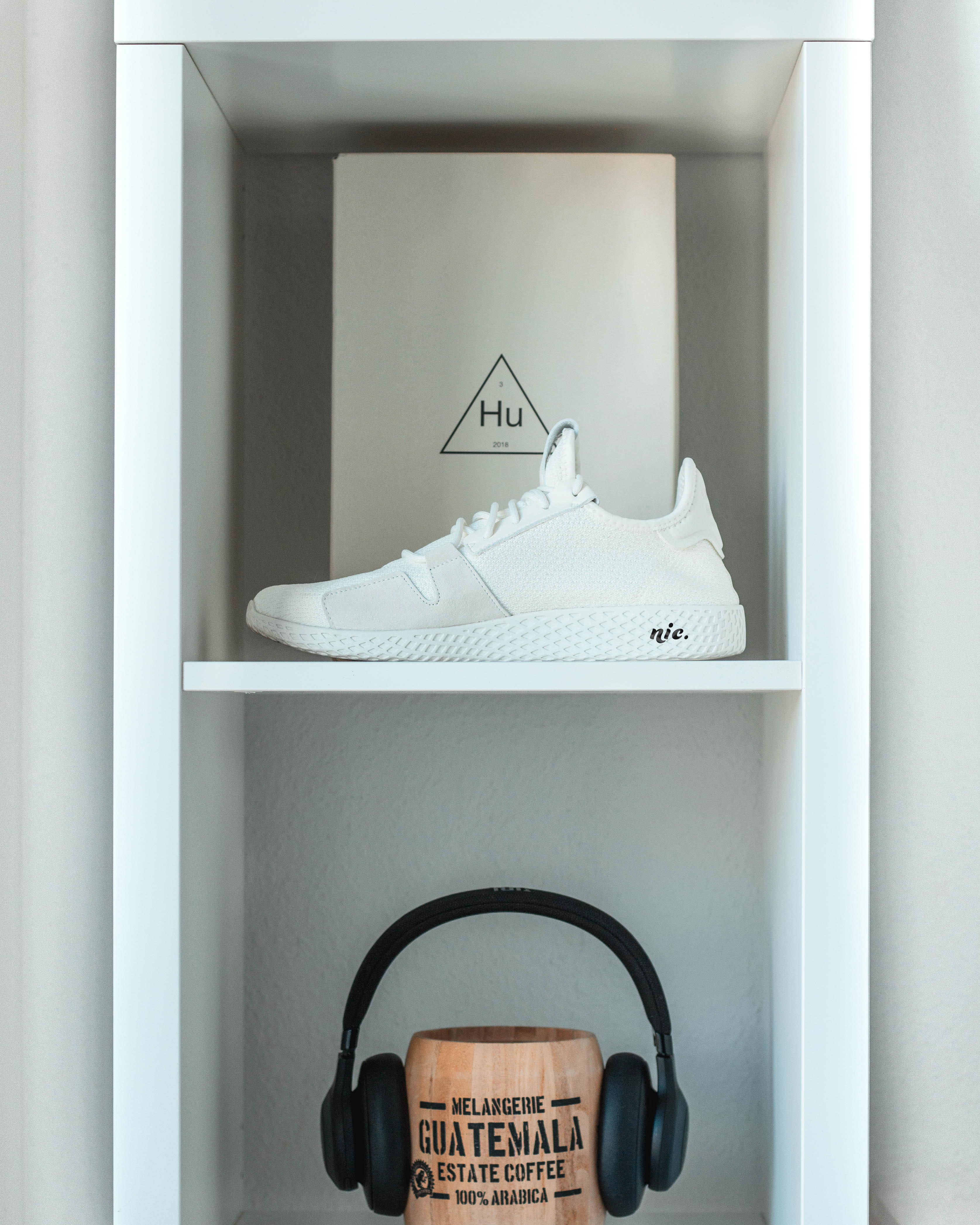 white low-top sneaker