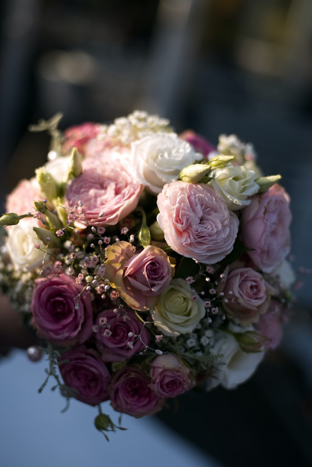 pink and white rose flower bouquet