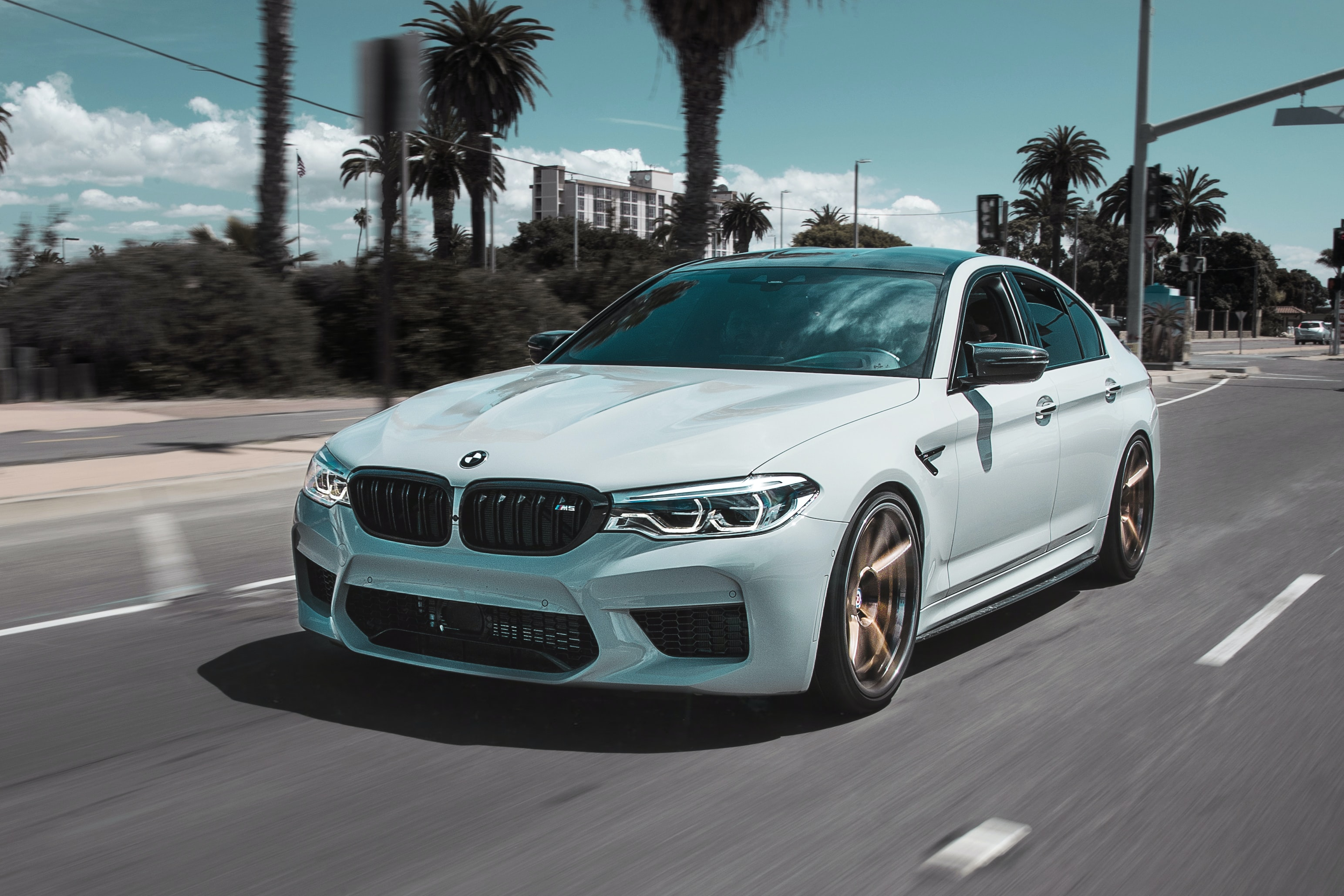 Bmw Wallpapers Free Hd Download 500 Hq Unsplash