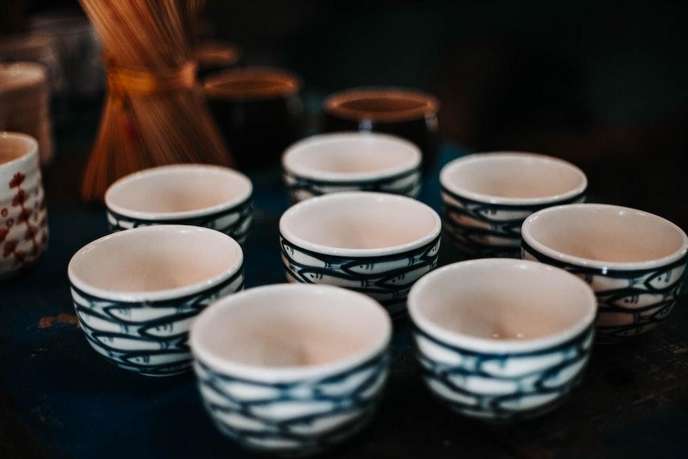 white-and-black ceramic bowls