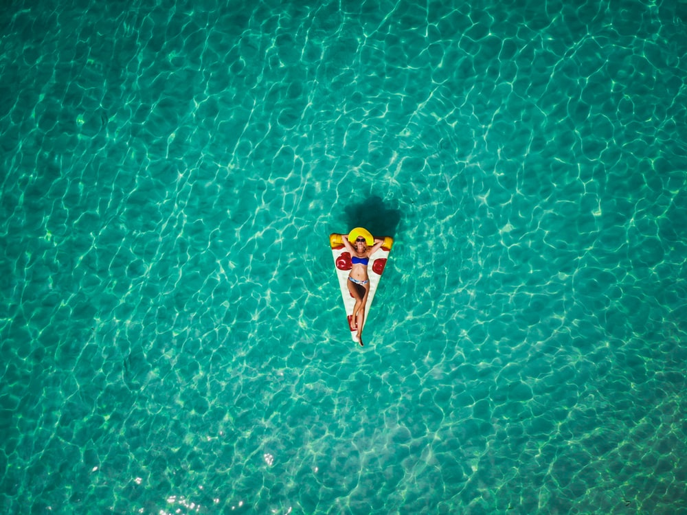 woman in pizza float