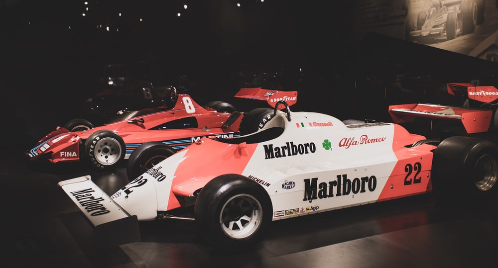 white and red Marlboro F1