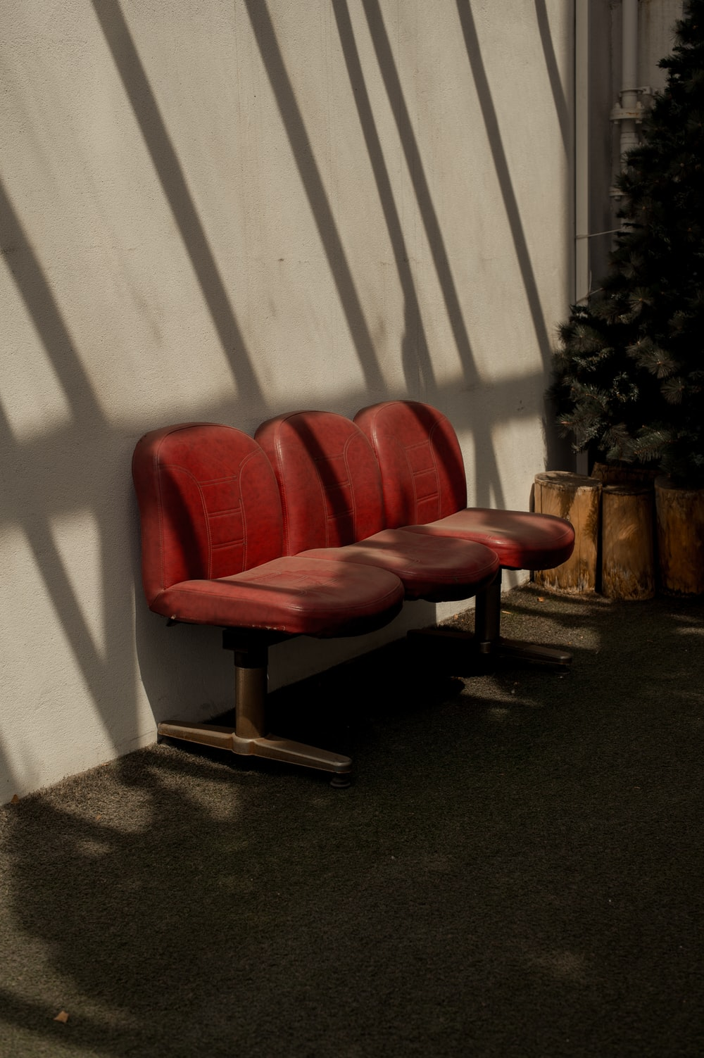 red leather gang chair