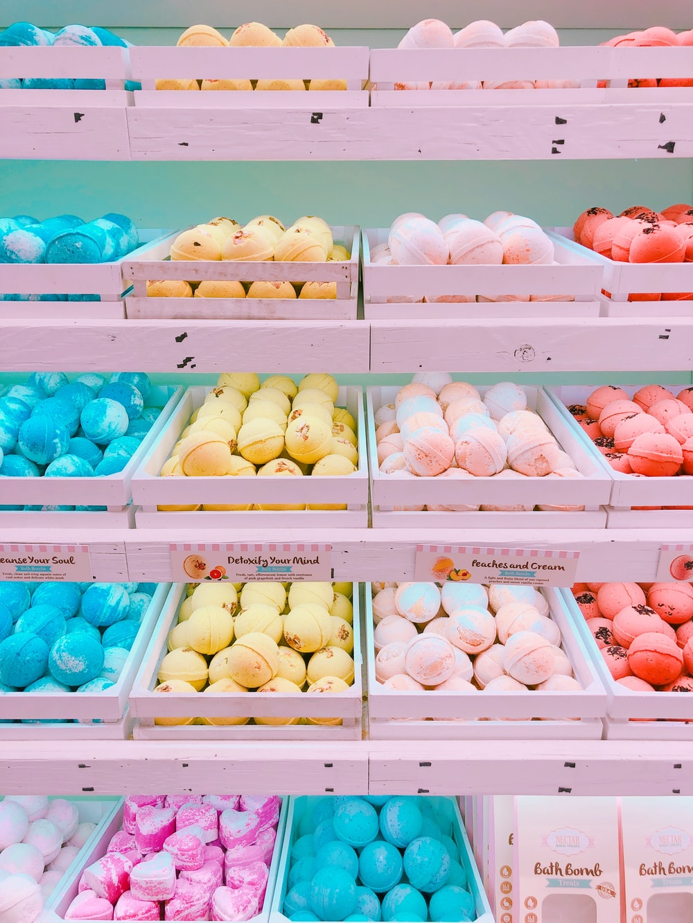 assorted color French macaroons lot