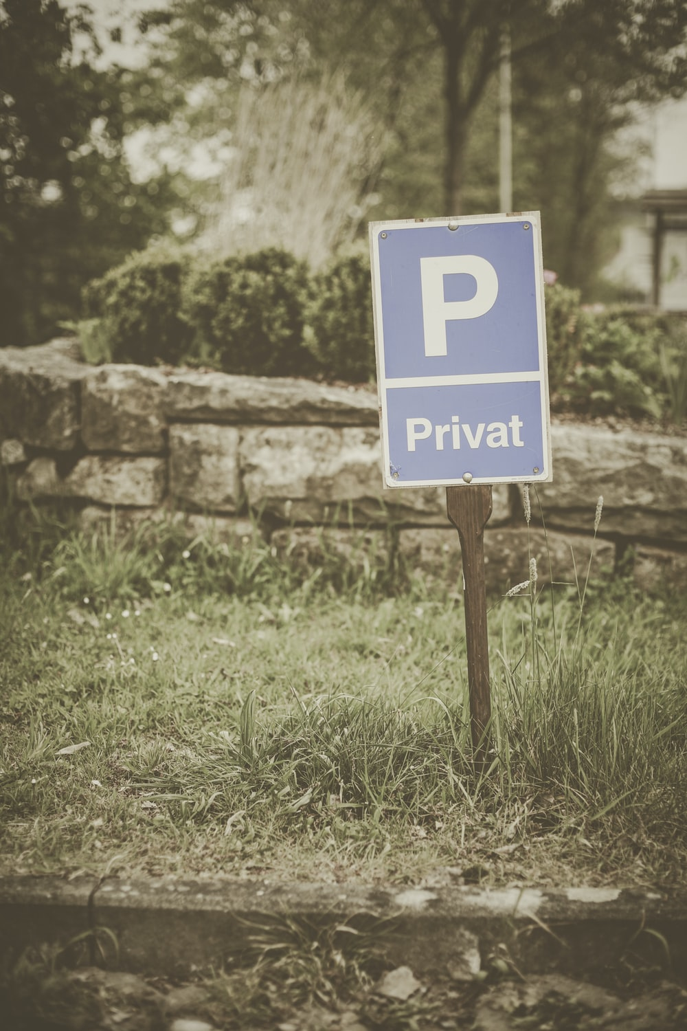 Sign, road sign, symbol and road | HD photo by Etienne