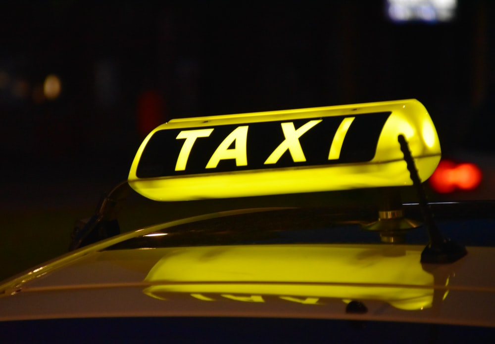 yellow Taxi light sign