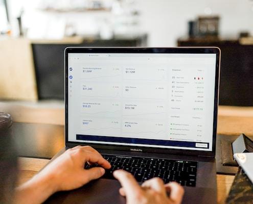 ERP vs. CRM : was sind die Möglichkeiten, die Sie als kleines oder mittelständiges Unternehmen haben, diese beiden Tools einzusetzen?