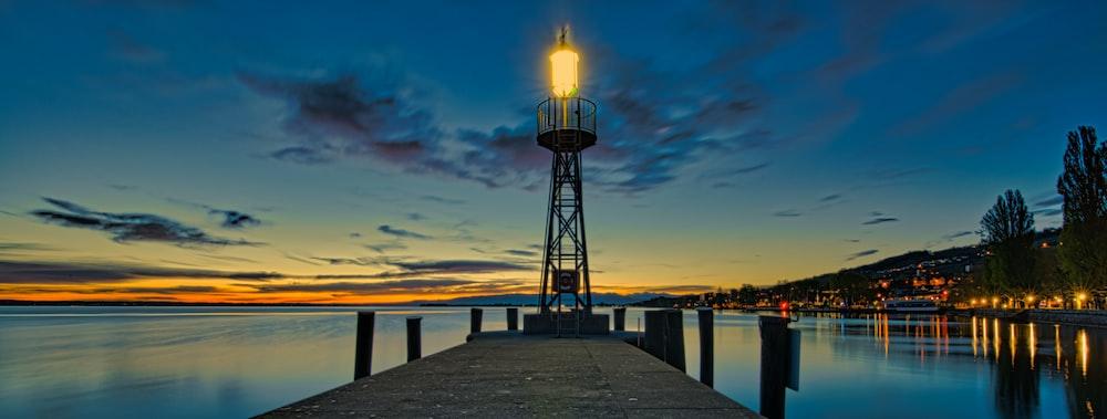 lighthouse on focus photography