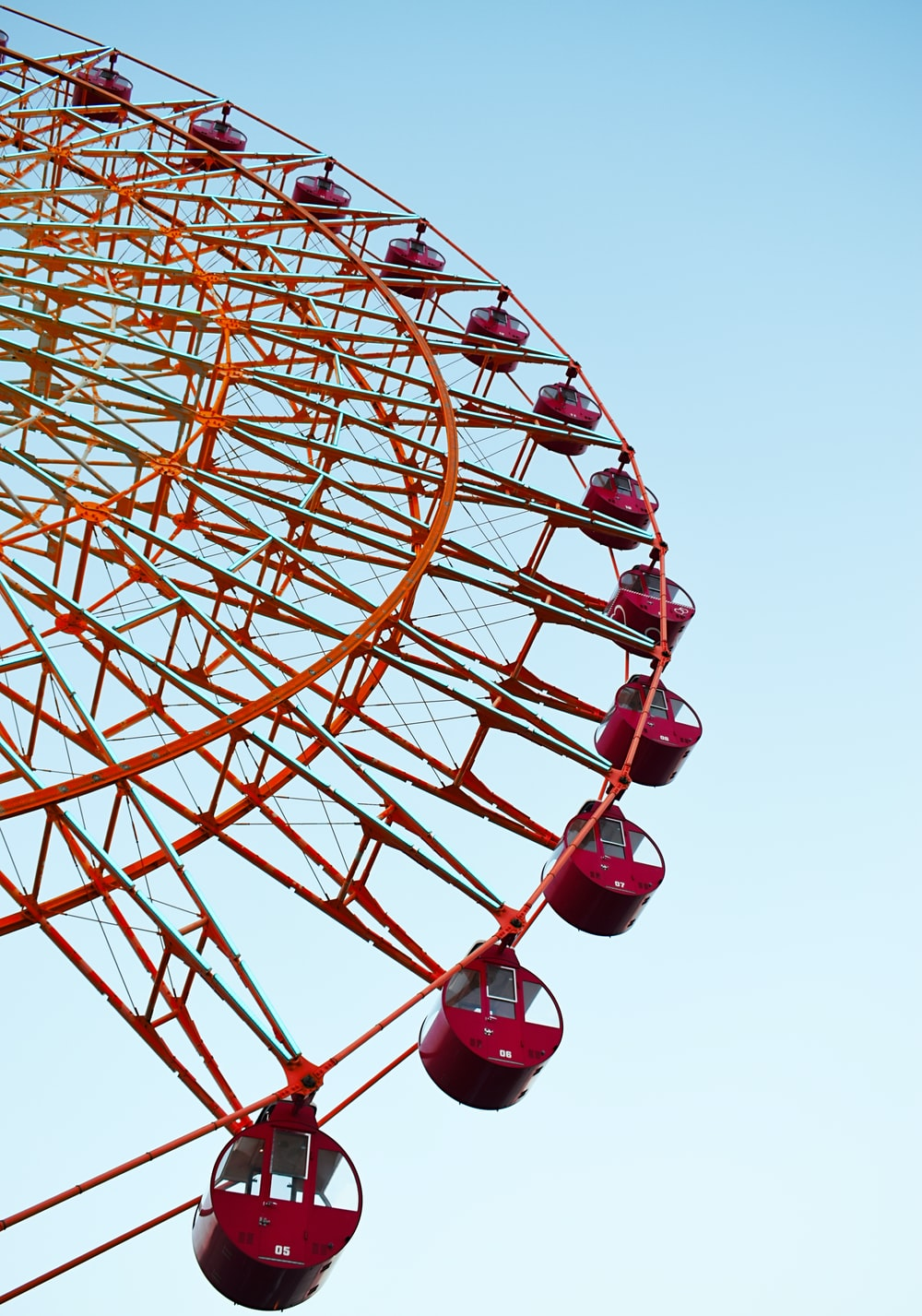 red ferry's wheel