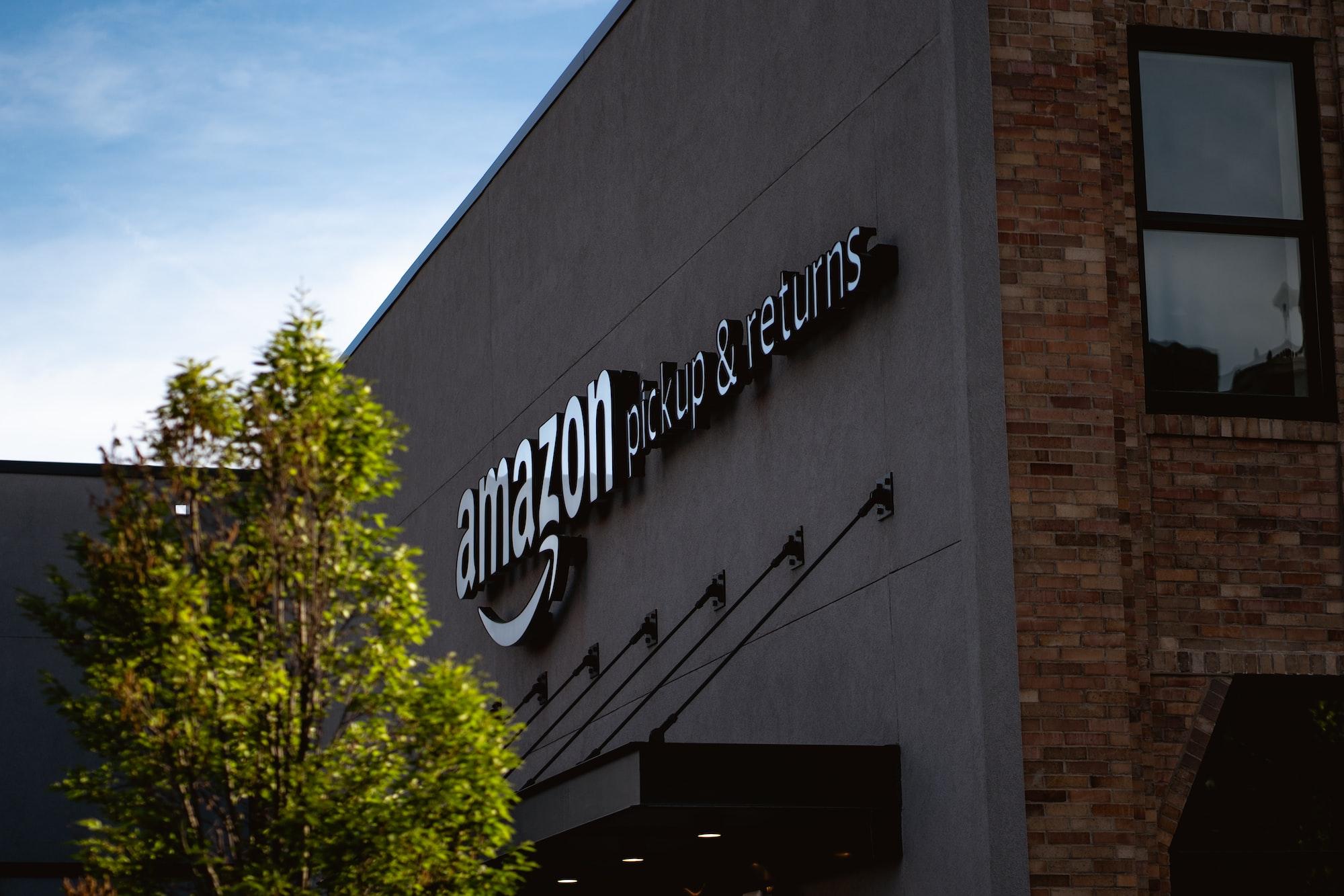 Amazon Pickup & Returns on South St. in Philadelphia