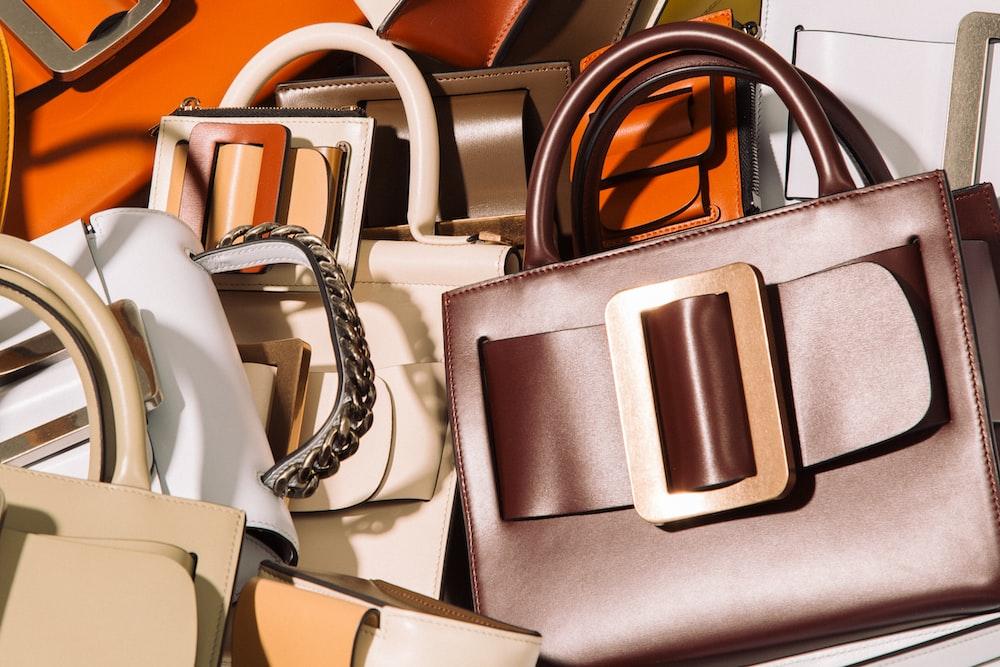 assorted handbags lot
