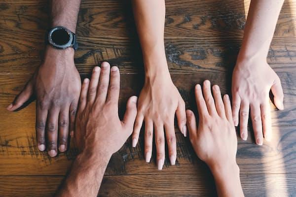 התמודדות רגשית עם מגפות: בין חוסן אישי לחוסן קהילתי