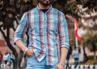 men's white, red, and blue button-up dress shirt