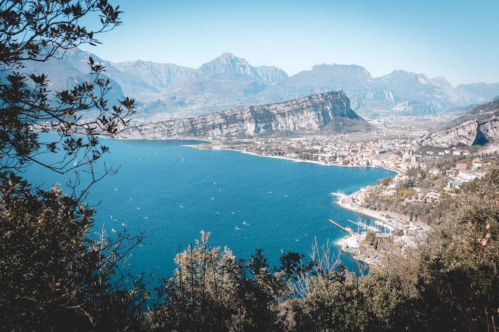 lake and mountain during daytime