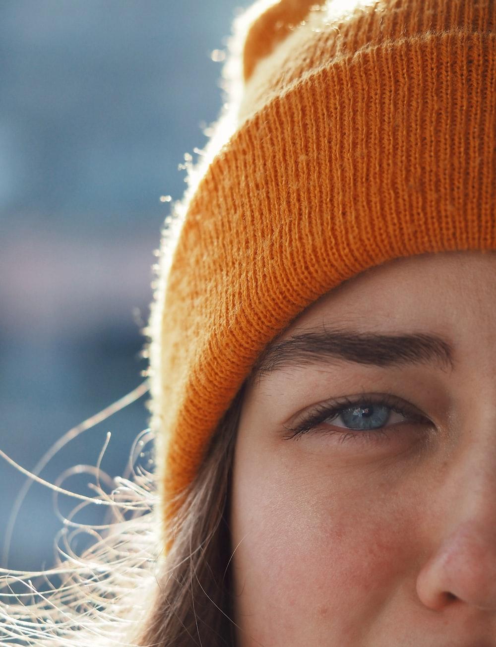 women's orange knit cap