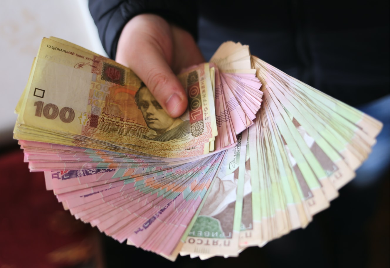 guegabut - 4 Manfaat Menyimpan Emas Ketimbang Uang Dalam Jangka Panjang