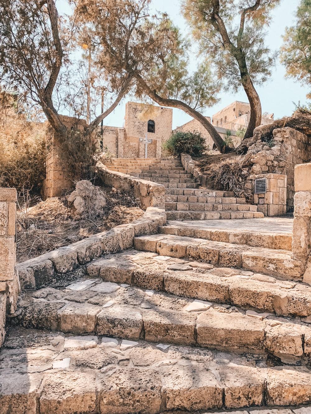 brown stones stairsteps