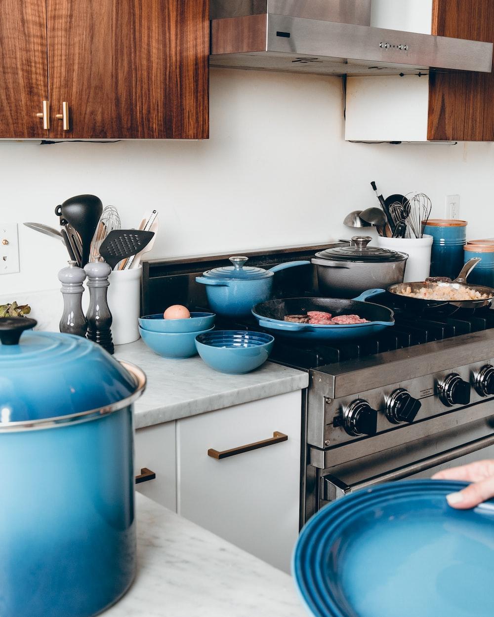 blue cookware set