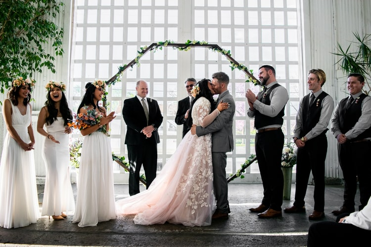 Invitada de boda perfecta - tips para conseguirlo con estilo