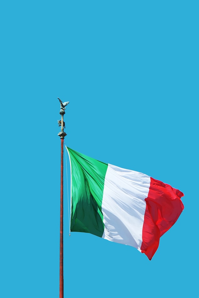 The national flag of Italy was designed by Napoleon Bonaparte.