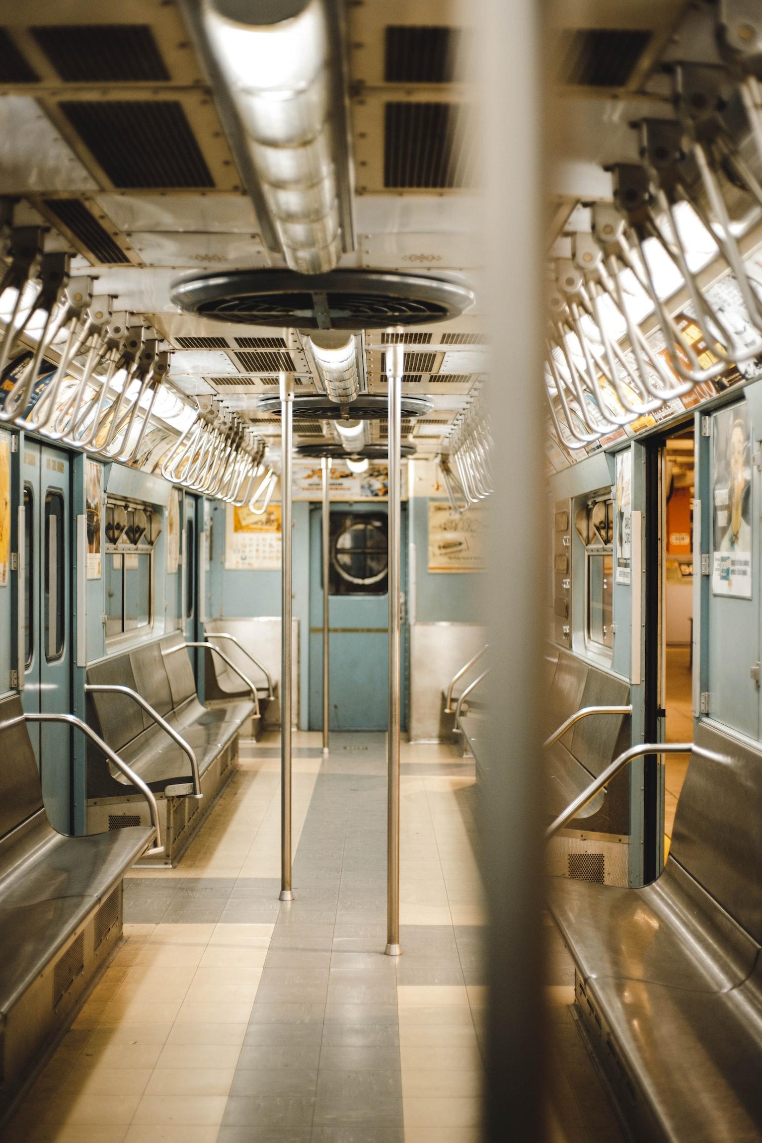 Intérieur d'un Train. | Photo : Unsplash