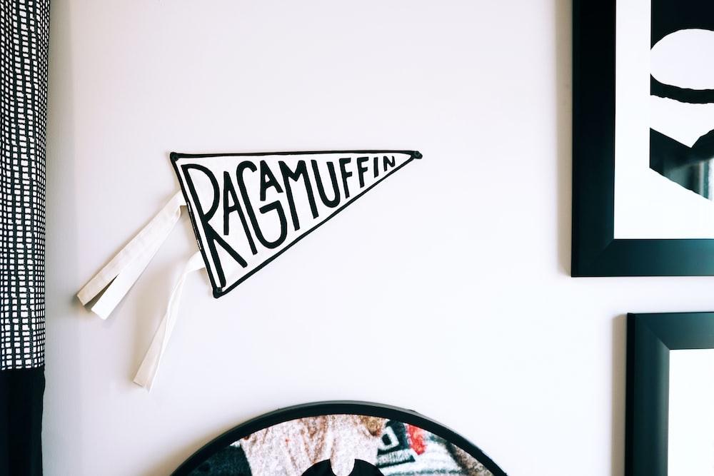 raga muffin wall decor