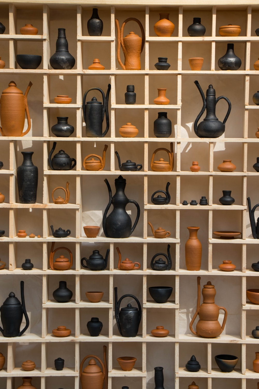 assorted brown and black tea pot lot