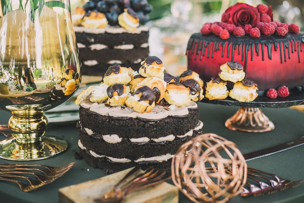 Custom-Made Pan Liners Bake The Perfect Cakes