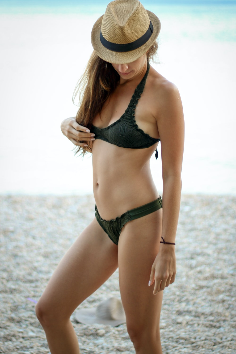 woman wearing black bikini