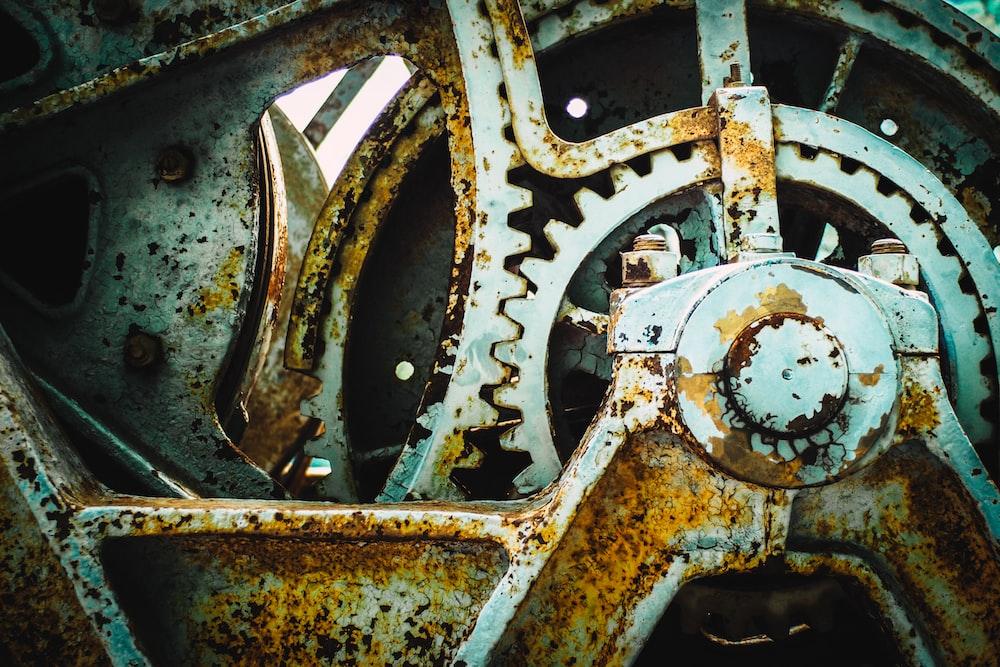 closeup photo of grey gear part