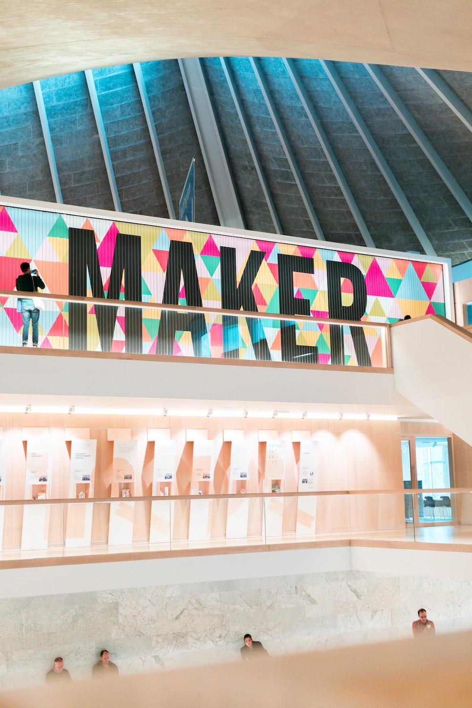 Maker sign