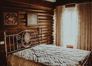 empty bed inside room