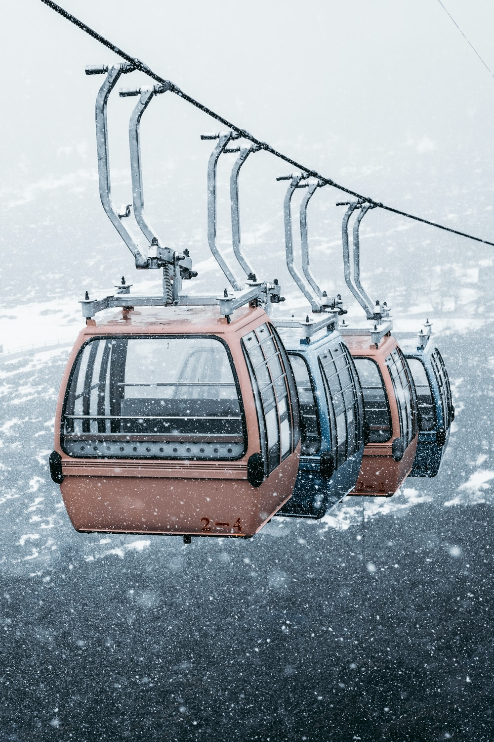 brown and black snow lift