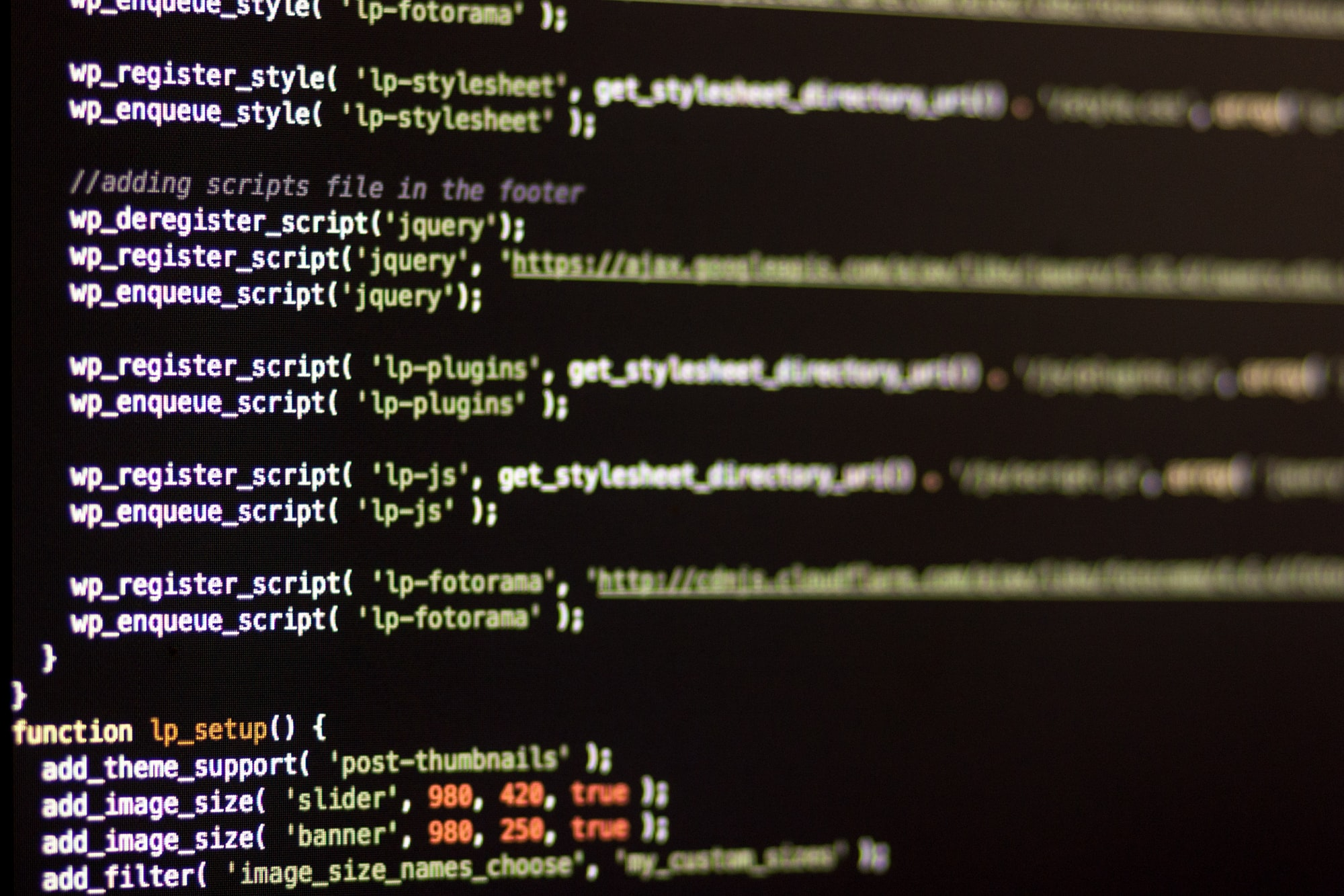 Смена стандартных текстов WooCommerce через functions.php
