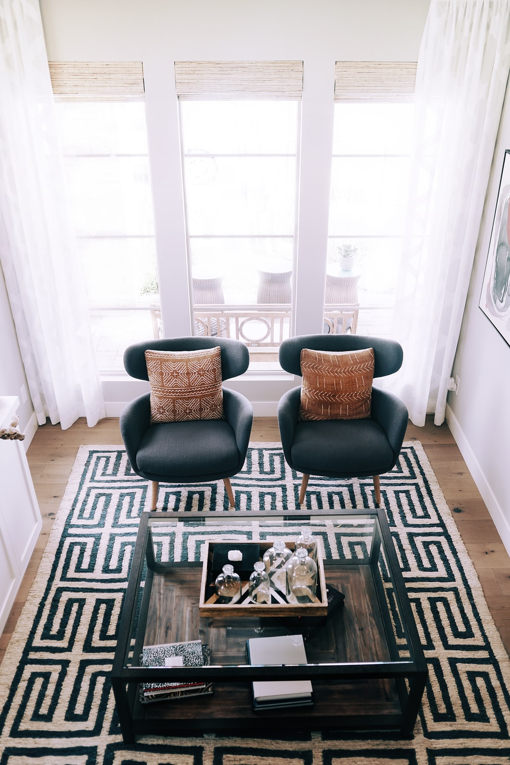 black and white themed living room
