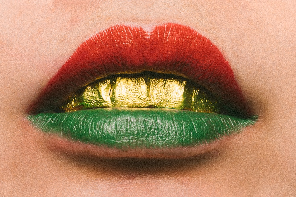 red and green lipstick