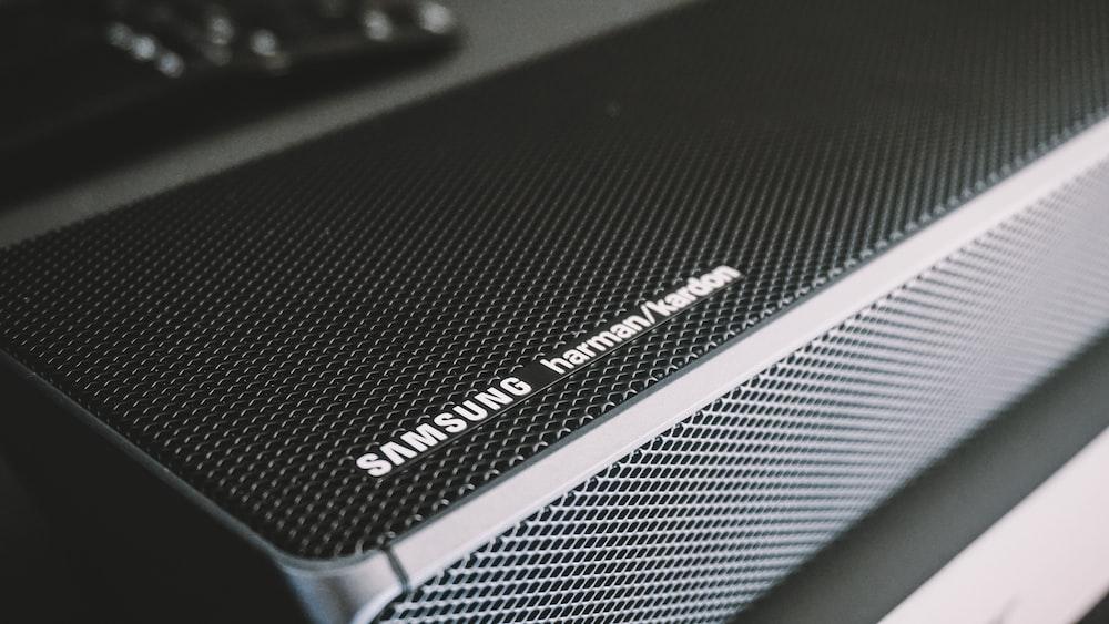 black Samsung portable speaker