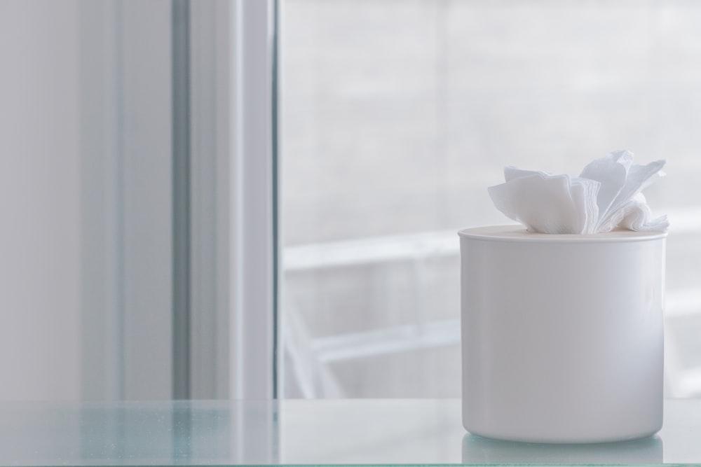 white plastic facial wipes dispenser