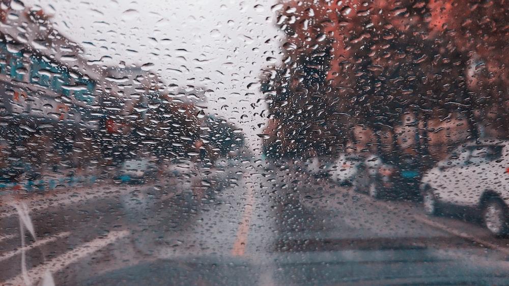 waterdew on car windsheild