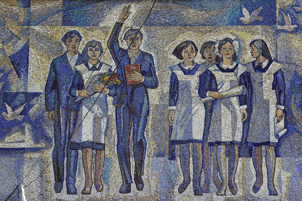 drawing of women and men