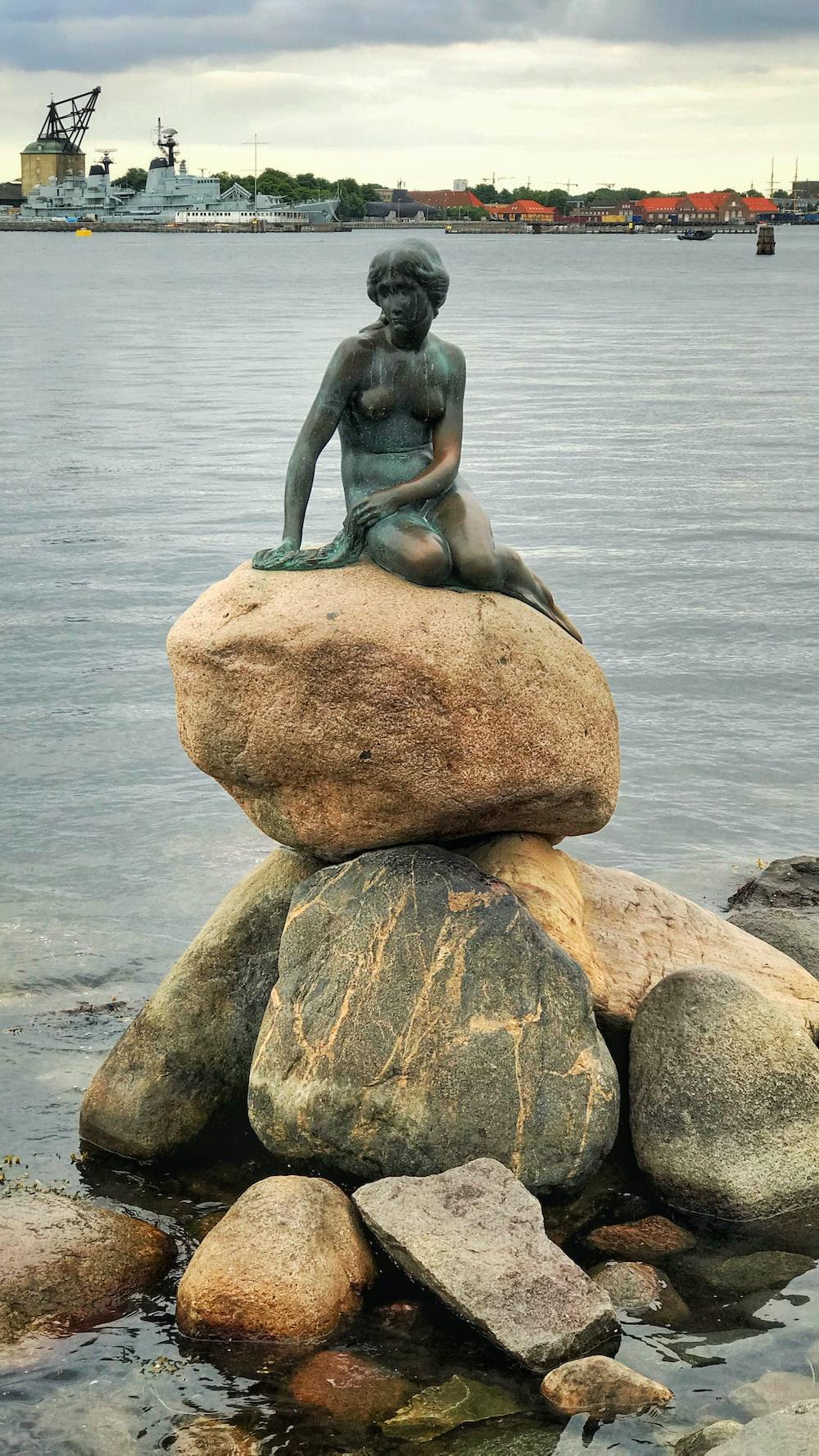 The Little Mermaid statue