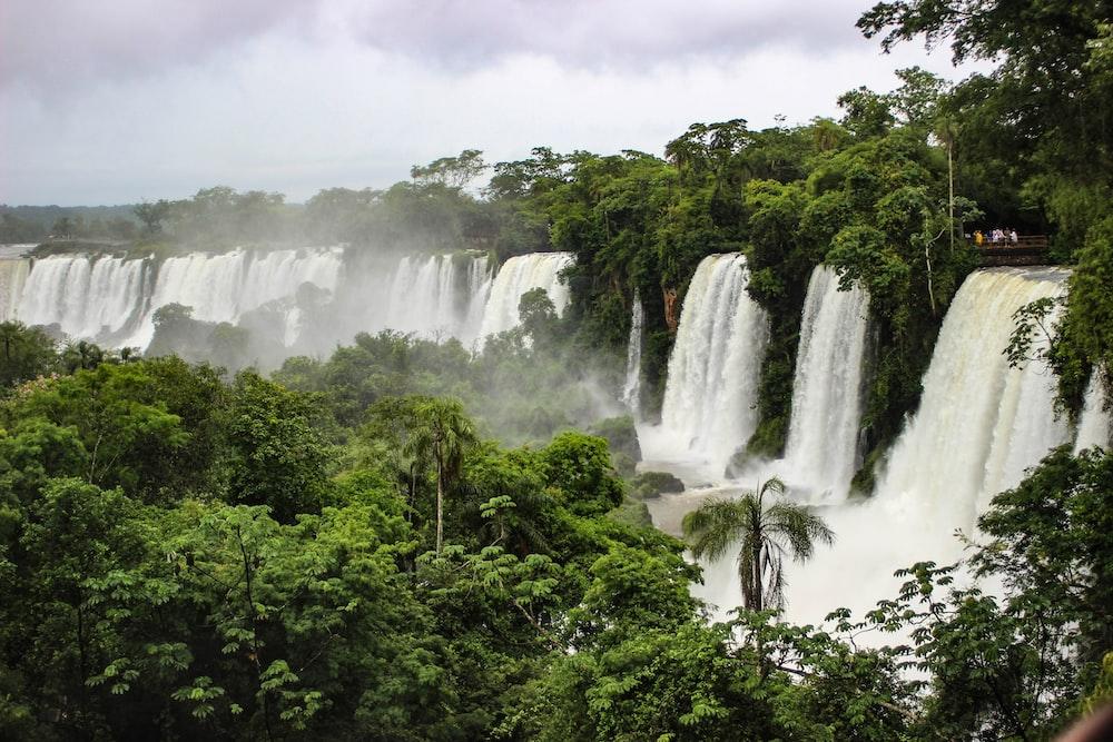 waterfall during daytime
