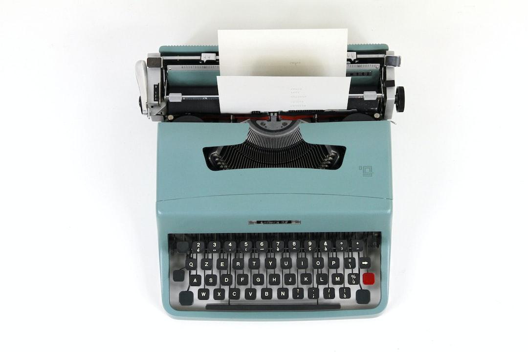 Olivetti Lettera 35, typewriter machine
